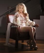 Anna D Curve, Sydney Escort