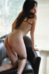 Main Thumb Melbourne Escort Amy Ling Killer Looks And Very Naughty